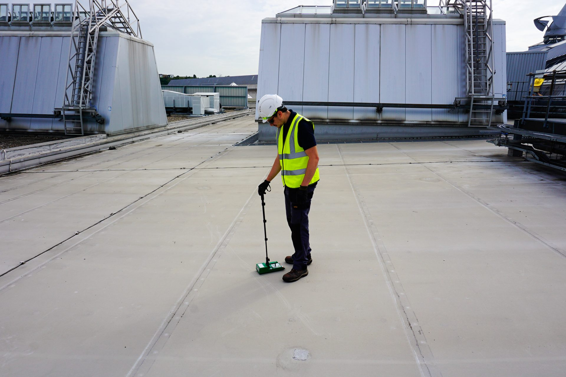 Electronic Roof Leak detection